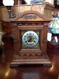 Oak Brackett Clock