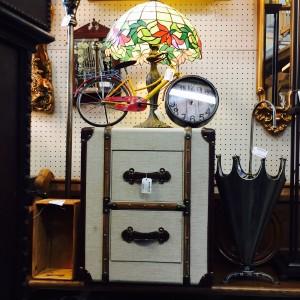 cheat-bin-clock-stand