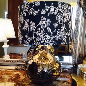 lamp-black-sparkle