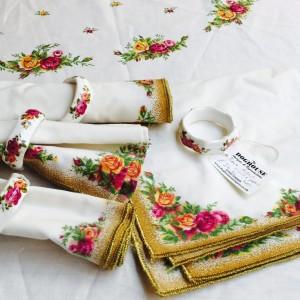 royal-albert-napkin-ring-table-cloth-1