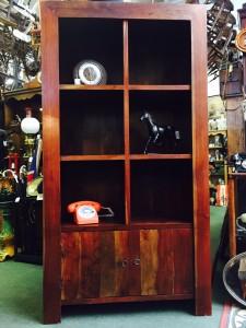 hardwood-shelf