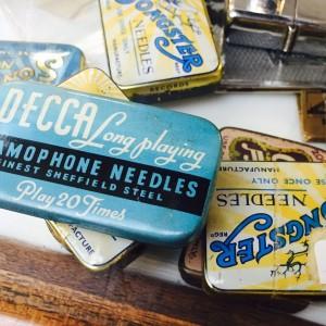 Gramophone needle case