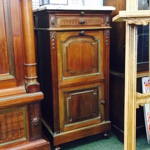 Bedside cabinet 1