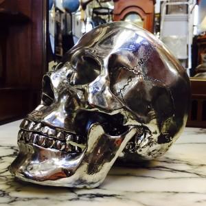 Skull chrome